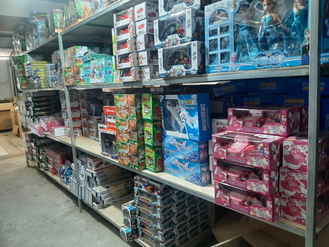 Công ty phân phối đồ chơi